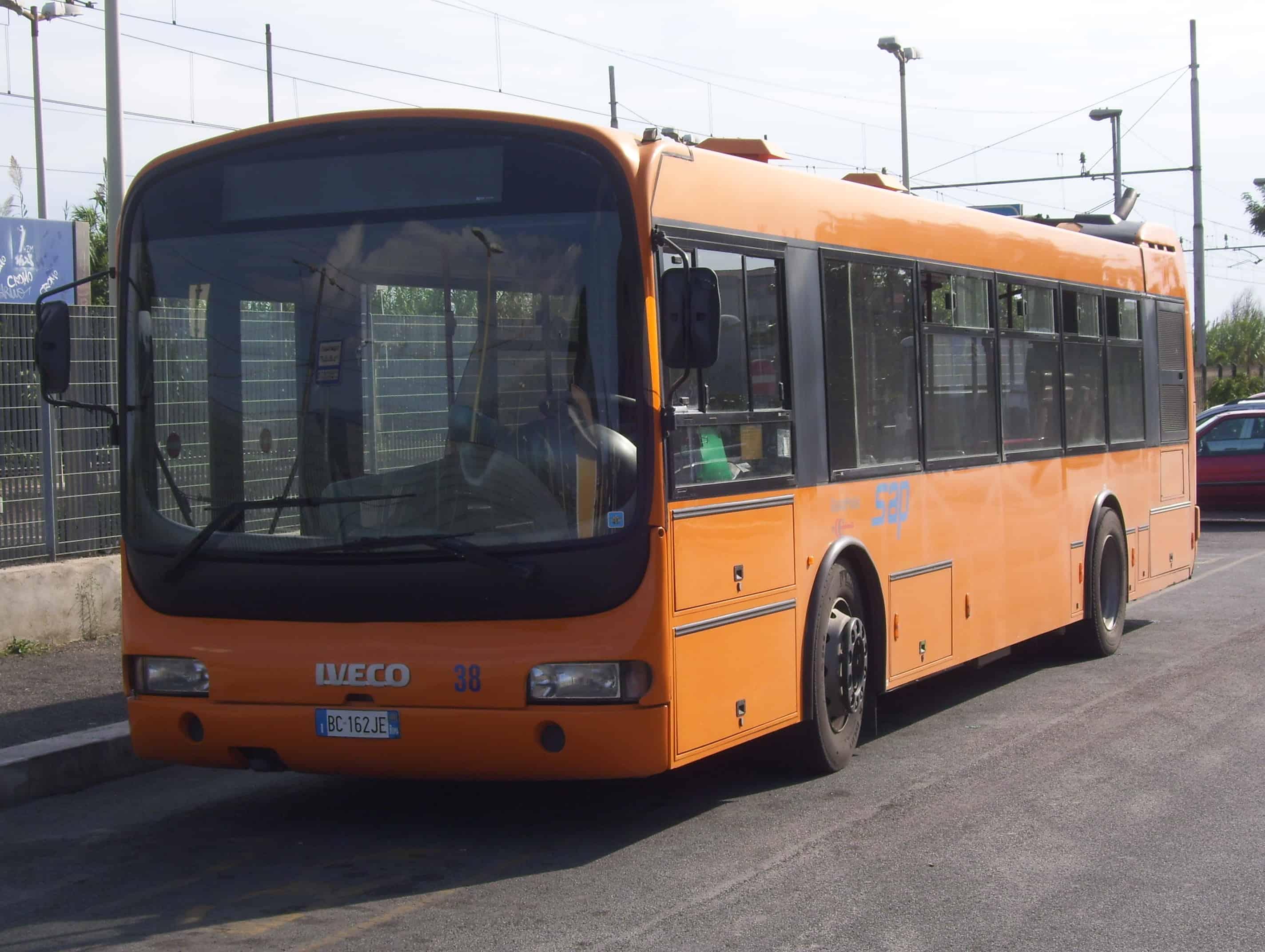 Autobus_urbano_SAP_a_Guidonia